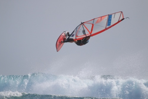 8 Beaufort windsurfing at El Cabezo in El Medano