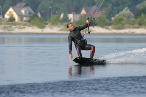 Kitesurfing on totally flat water
