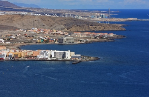 South coast of Tenerife - El Cabezo bay in the middle