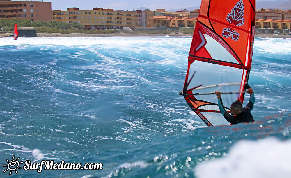 Windsurfing and kitesurfing at El Cabezo 21-05-2015 Tenerife