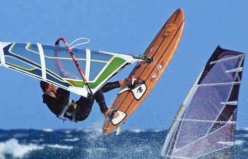 Windsurfing and kitesurfing photos from El Medano and El Cabezo