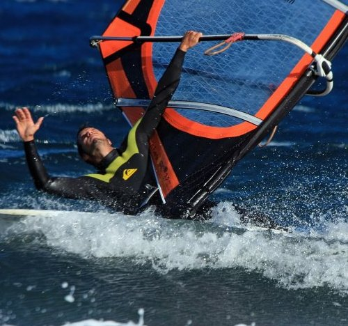 Windsurfing and kitesurfing in El Cabezo and El Medano