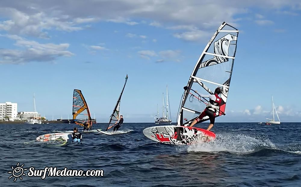 WSW wind at Playa Sur in El Medano