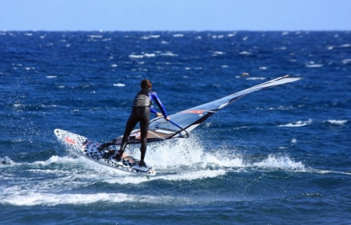 Windsurfing freestyle on El Cabezo by Remko de Zeeuw H-444 on 01-02-2012